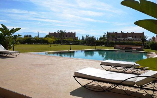 Location villa avec piscine privative sur la route de ourika