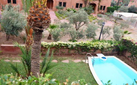 Location villa avec piscine dans une résidence la palmeraie