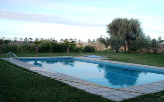 Vente villa privée avec piscine sur route de Fés