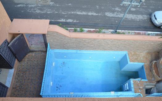 Location longue durée villa vide avec piscine privative
