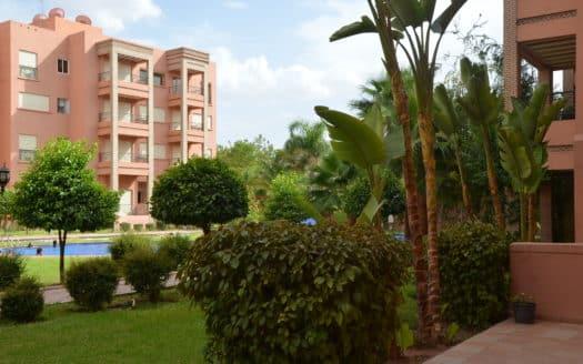 Location Appartement longue durée avec piscine