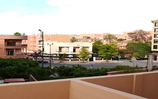 Location longue durée studio , Idéalement situé Au cœur de la nouvelle ville de Marrakech Guéliz proche de tous commerces (Loisirs & Shopping) dans une résidence calm