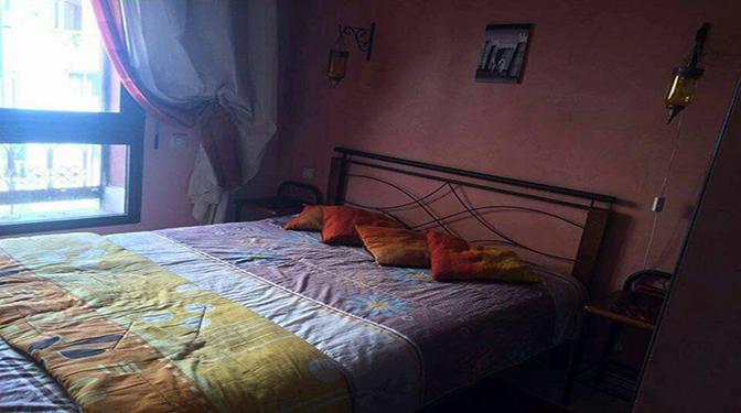 Location Appartement, situé au début de la route de fes à 10min de la nouvelle ville Marrakech « gueliz ». Dans une résidence calme et sécurisée avec piscine.