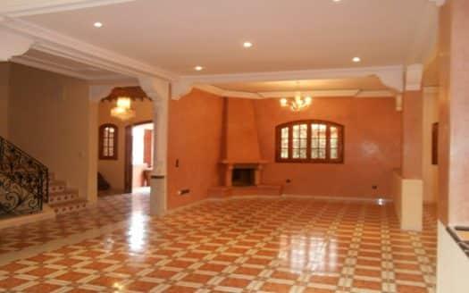 location longue durée villa Targa vide
