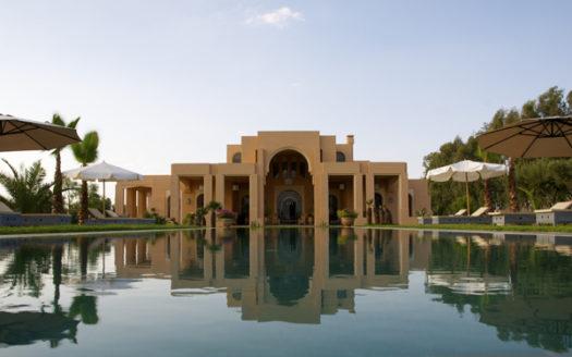 Vente villa colonial française route ourika