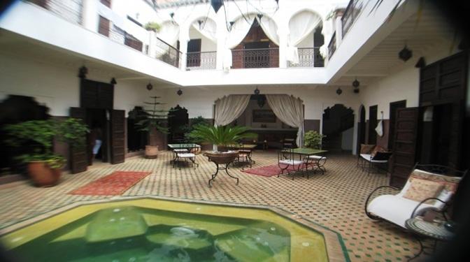 Marrakesh opportunity riad en vente avec piscine m dina for Riad avec piscine marrakech