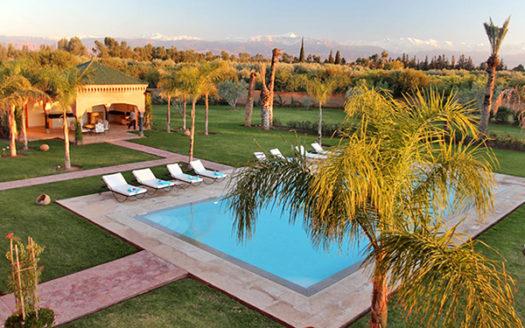 Location vacance villa moderne route de Ouarzazate