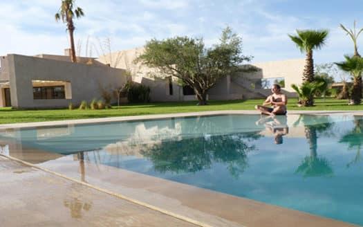 Location villa longue durée avec piscine palmeraie