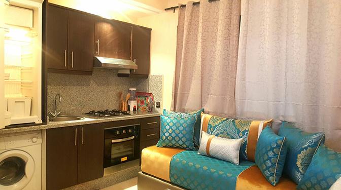 Location court séjour studio Guéliz Marrakech, proche de toutes commodités (loisirs et shopping), dans une résidence calme et sécurisée avec piscine, l'agence immobilière Marrakech