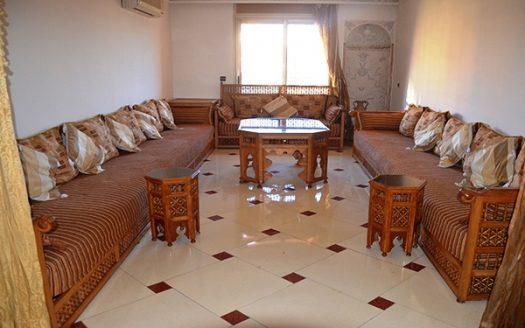 Location Appartement, au centre ville gueliz a deux pas du lycée français Victor Hugo et sur l avenu mohammed 6 proche de tous commerce, dans une résidence calme