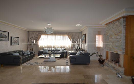 Vente appartement meublé bien situé sur la route de casa dans une résidence calme et sécurisée avec piscine, proche de tous commerce (loisirs et shopping), l agence immobilière Marrakech opportunity