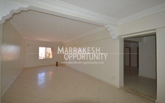 Location bureau parfaitement situé au quartier semlalia proche de tous commerces a 5min du centre de la nouvelle ville de Marrakech Guéliz, dans une résidence de standing calme et sécurisé,