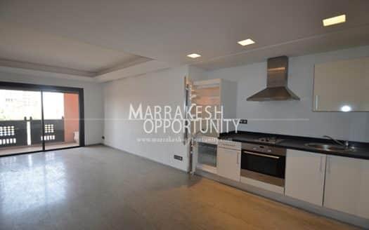 Location appartement situé en plein centre de la nouvelle ville de Marrakech guéliz, pratiquement sur l'avenue Mohamed 6, proche de tous commerces (loisir et shopping). L'agence immobilière Marrakech opportunity